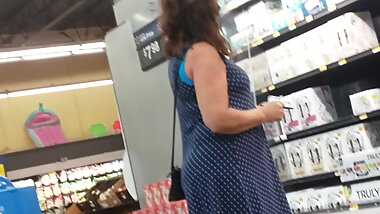 SEXY GILF PAWG IN DRESS
